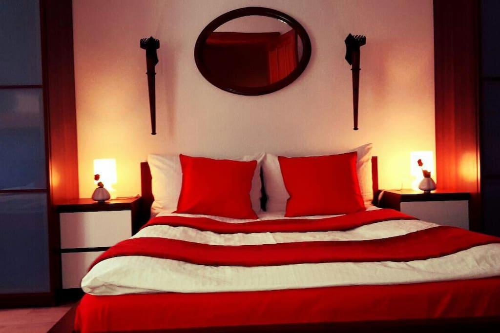 Schlafzimmer  Doppelbett  (140x200)