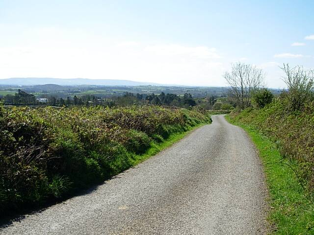 Beautiful walk downhill to Druid Cottage.
