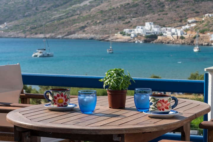 Captain's Home-KMR_Sifnos