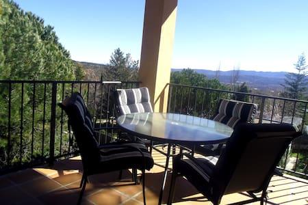 Fantastica casa a pie de montaña - Becerril de la Sierra