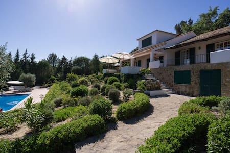 Villa in the Natural Arrábida Park - São Lourenço (Vila Nogueira de Azeitão)