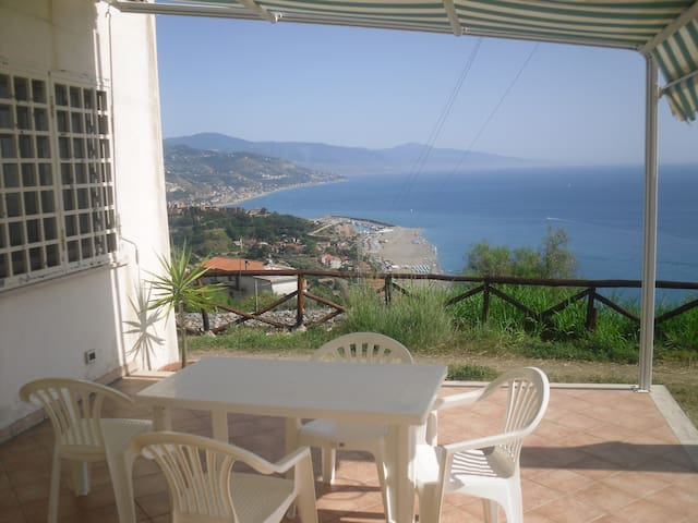 Appartamento vista mare - Bosco-arvara - Apartment