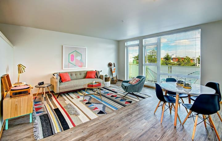 All-inclusive apartment home | 1BR in Seattle