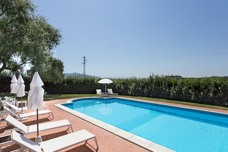 Ginestra countryside apartment - Todi