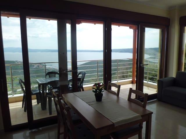 Appt A Ouest vue exceptionnelle mer - Pyrgadikia