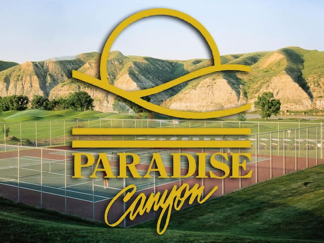 Paradise Canyon Golf Resort - Luxury Condo U409