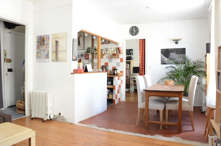 Charming French appartement in the heart of Paris