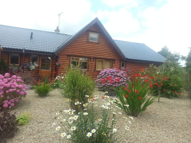 LOG CABIN WEEK/WEEKEND BREAKS - Ballinamore - Casa