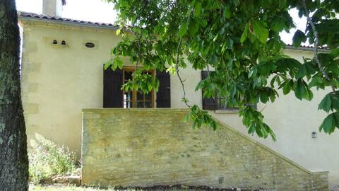 Gîte pour 4 personnes - Dordogne