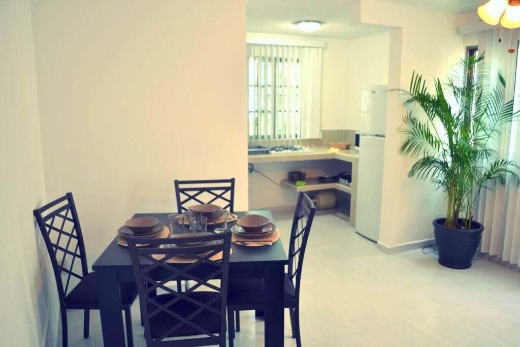 Sala comedor / Dining Room / Wohnzimmer mit Essbereich