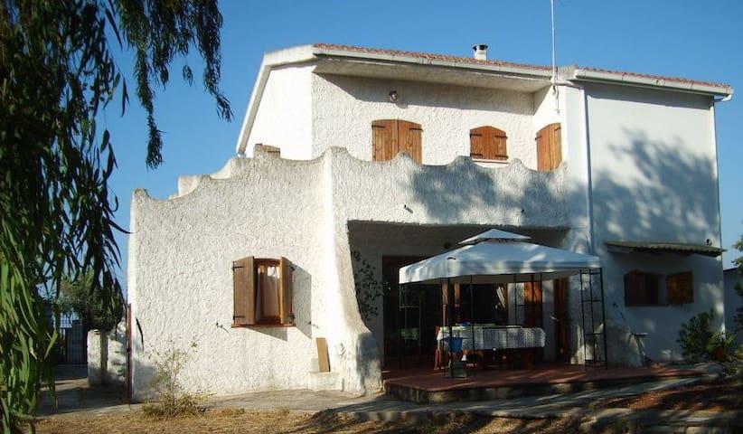 Casa Vacanze San Michele - Sorso - บ้าน
