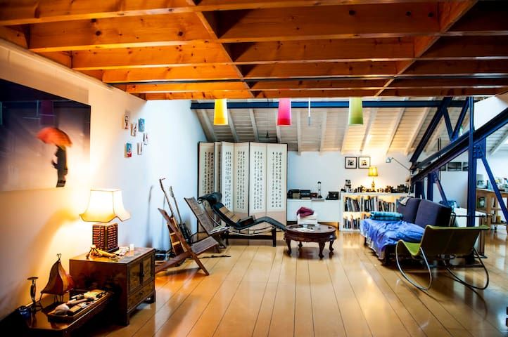 Spacious loft in Louise area - Ixelles - Loft