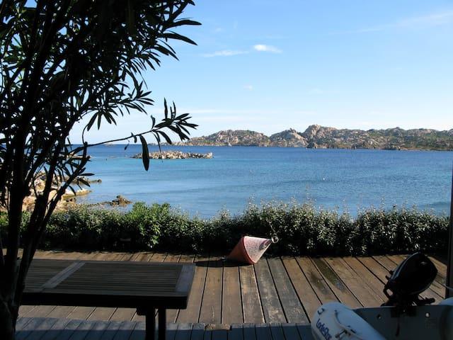 LaMaddalena: 15 metres from the sea - La Maddalena - Villa