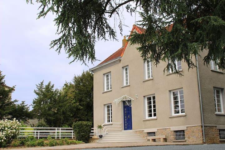 """La Maison du Parc - Chambre """"Louis"""""""