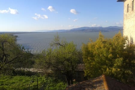 Apartment with view Lake Trasimeno - Castiglione del Lago - Daire