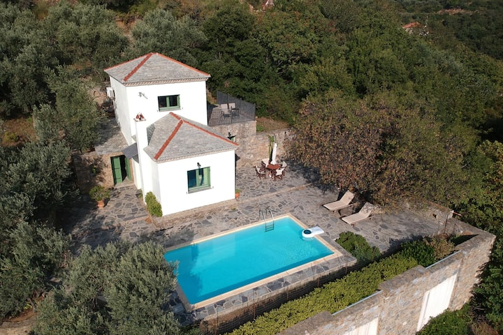VILLA ERATO-panoramic view-private swimming pool