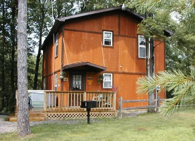 County Line Cabins - New Plymouth - Cabin