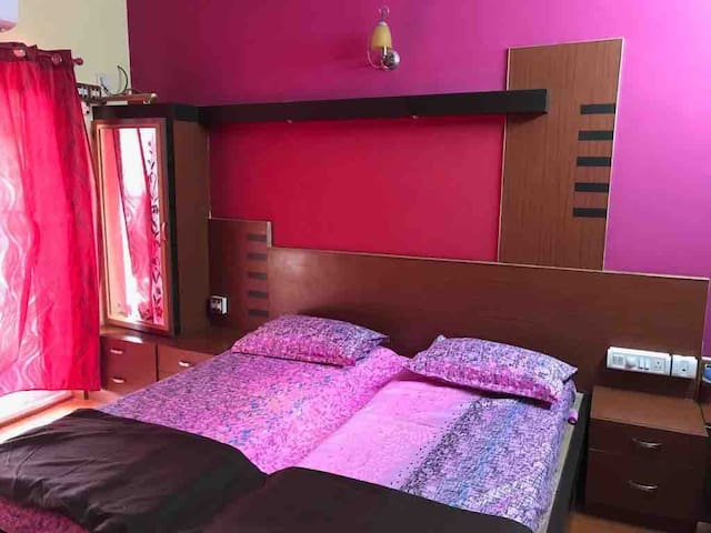Private Room & Balcony with AC near Orion Mall