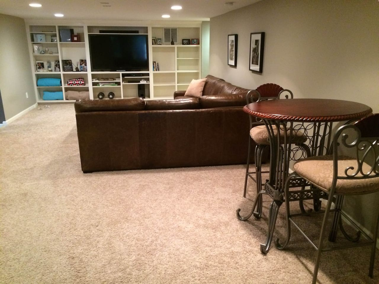 Basement apartment creating an airbnb worthy basement with basement - Downtown Private Entrance Basement Suite Near Hpu Houses For Rent In High Point North Carolina United States