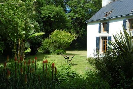Maison au calme à 1,5km des plages, - Moëlan-sur-Mer - House