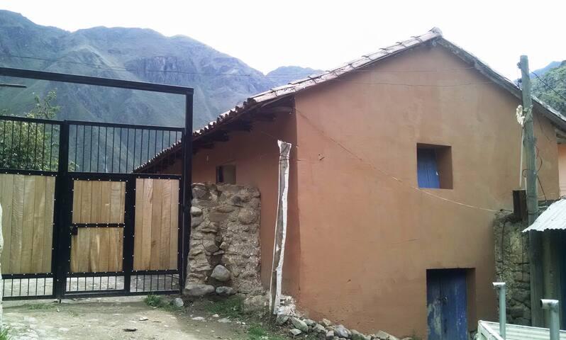 Casa de Campo Ollantaytambo - Ollantaytambo - บ้าน