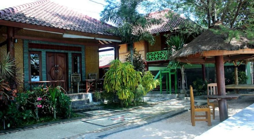 Krisna Bungalows- Standart Bungalow with Sea view