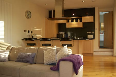 Grey Street City Centre Apartment with Terrace - Newcastle upon Tyne