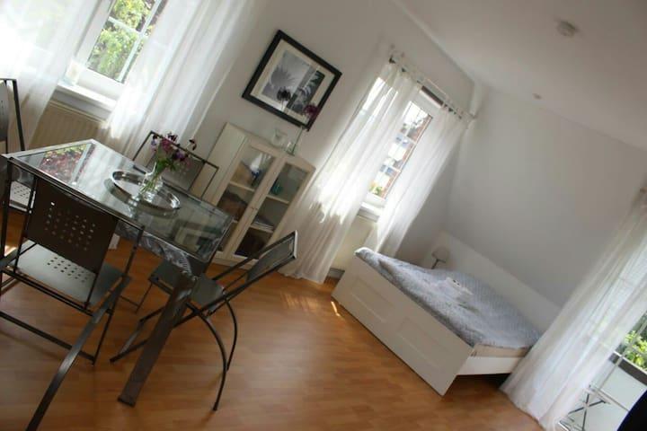 Typisch Hamburgisch wohnen...  - Hamburg - Apartemen