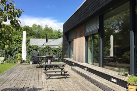Modern cottage in lovely nature - Egå - Cabin