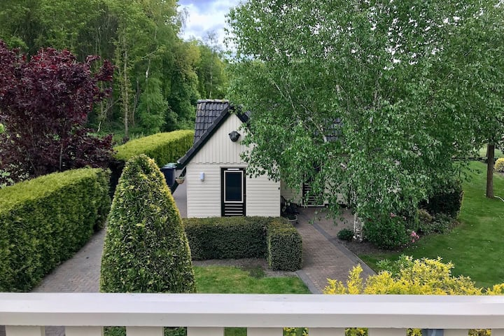 Cosy Holiday Home in Noordwolde with Garden