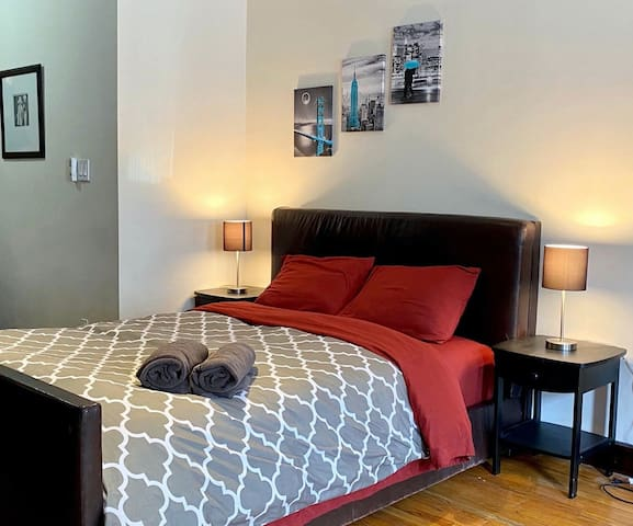 Stylish Midtown Retreat COVID-19 FREE HOME.