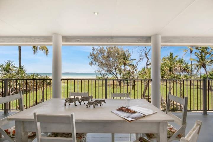 Farnborough Beach Cottage (beachfront)