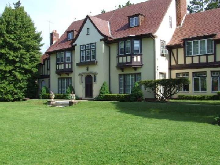 Treborgarth Estate on East Lake