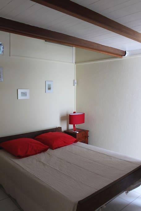 Chambre 1 Accès direct au salon ( chambre 3 sur mezzanine)