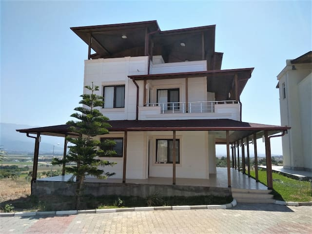 Fantastic 3 Bedroom Holiday Home in Arsuz