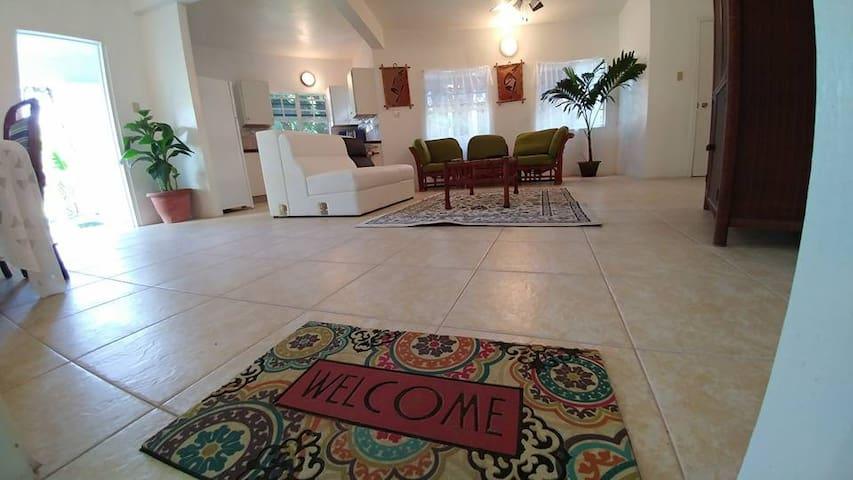 Paradise Suite, Chez Mango Villa