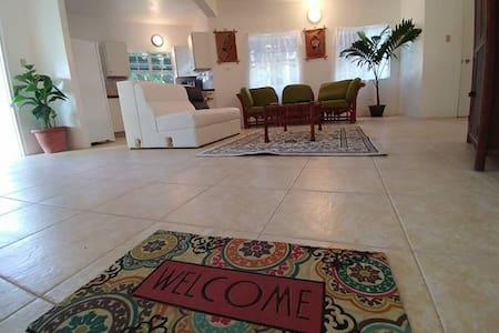 Paradise Suite, Chez Mango Villa - Salem