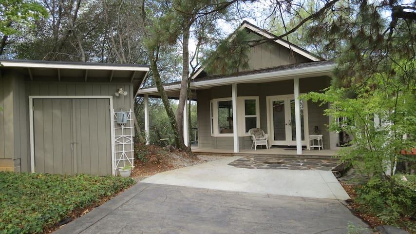 The Cabana - Murphys - House