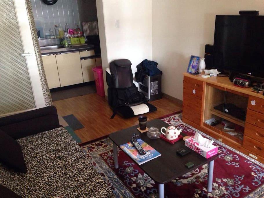 客廳与廚房