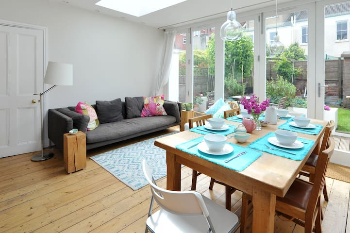 3BD central - discount early May - Bristol - Hus