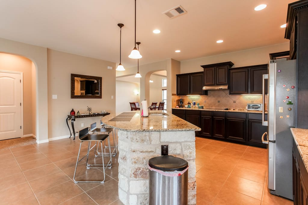 New 2,500 sqft upscale home with open floor plan located in a quiet cul-de-sac.