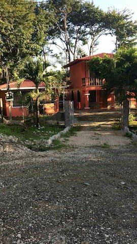 Beautiful house in Costa Rica - cuesta grande - Hus