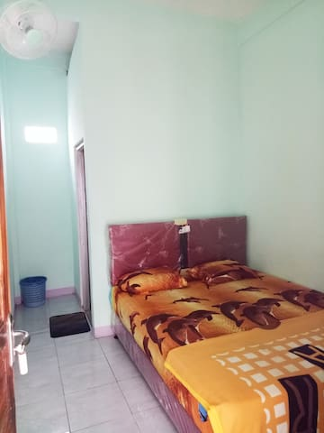 Senaru Homestay Room 1