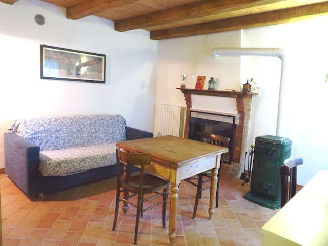 Grandma's place - Urbino - Casa