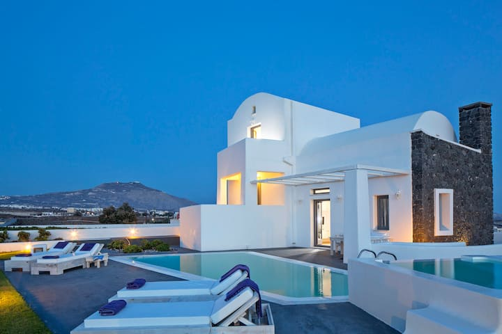 Santorini Princess Villa with private pool