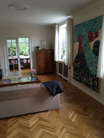 Dejlig familie bolig - Risskov - Huis