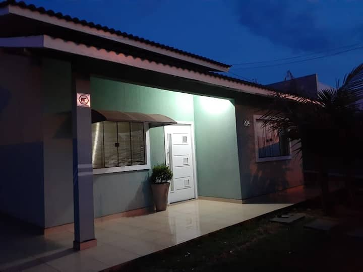 Jd Lindoia casa pra família