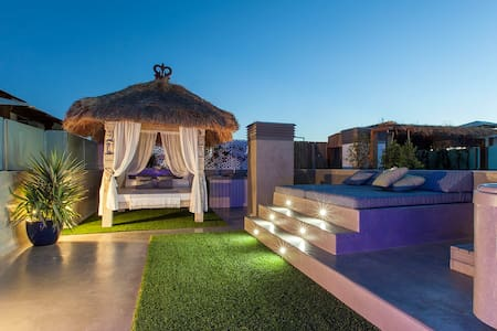 Penthouse Chill Terrace, Sea View & Jacuzzi,Ibiza