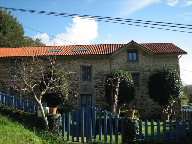 Apartamento en casa rural en San Saturnino - Chao de Lamas - House
