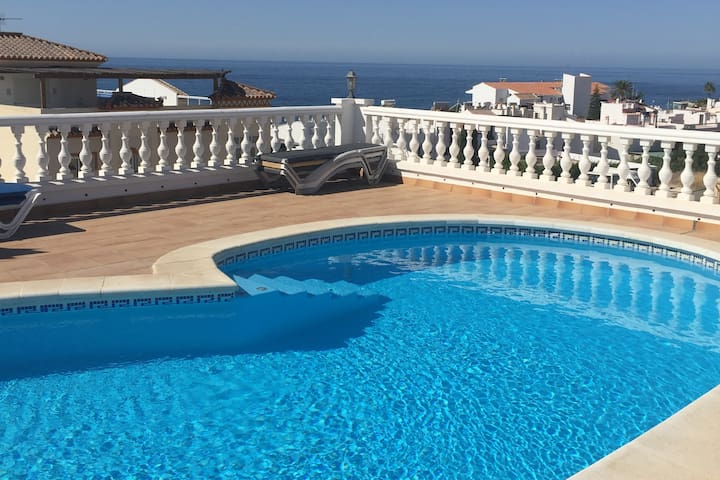 Nice apartement with pool in the center of Nerja